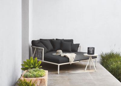 Brown-Jordan-Oscar-Daybed